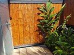 Kahalu'u Tiki Hale- Stunning new custom home on the most popular snorkel beach!