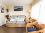 Settee and 2 chairs