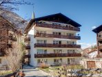 Located in the very heart of Zermatt, at the end of a quiet dead-end street.