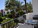 Tropischer Ausblick vom Balkon
