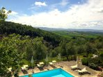 The swimming pool of Agriturismo Le Capanne