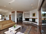 Living room wiht satellite TV