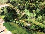 Esta magnifica ponte encontra-se situada no antigo caminho medieval que ligava o Soajo ao Lindoso