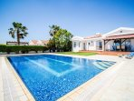 Villa Mia - Ayia Thekla , Luxurious 4 Bedroom villa with private pool
