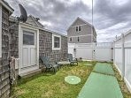 Enjoy the mild climate from the private backyard!