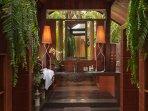 Bagno in camera di una delle camere da letto nella Villa week-end del Residence Chiangmai