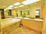 Bedroom 11 En suite Bathroom Featuring Jacuzzi Bath
