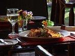 Restaurante Huacatay en Urubamba, a 15 minutos del condominio