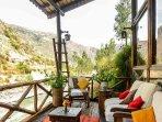 Terraza del hotel IFK en Huarán (a 15 minutos del condominio)