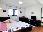 Cozy villa near Therme Bucharest, 10' from Otopeni Airport