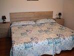 Habitación doble con camas de 1.05, amplia y con baño