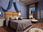 the Countess' blue bedroom