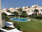 Hermosa casa en Acapulco Diamante junto a la playa, con alberca y todas las comodidades necesarias.