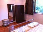 Schlaffzimmer mit Doppelbett 180 x 200