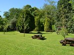 The extensive gardens around the cottage include a low level timber play trail for children.