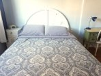 Queen size bed, 4 pillows (2 are Goose feathers) double linens to ensure hygiene.