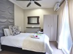 Single Room 4 - Single bed, perfect for a nights stay, en-suite bathroom with a shower.