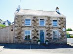 Penhale 1st floor apartment offers stunning views of Perranporth Beach from all 3 sash windows