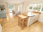 Croyde Holiday Cottages Pebbles Kitchen To Dining