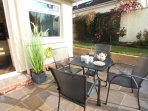 Croyde Holiday Cottages Nuthurst Patio Table