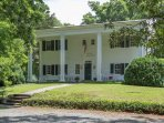 Pocahontas   Jack n' Jill Guestrooms in Large, Historical Home Close to C'ville