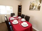 Hills View Croyde Holiday Cottages Dining