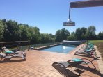 Large shared pool 12x4m.