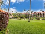 Lanai Opens Up To Large Inner Court With Tropical Gardens