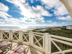 'Indescribable' GULF FRONT Penthouse Unit. Fantastic Porch Space & Views!