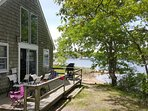 Beautiful 4 Bedroom Cottage with a Private Beach and Fantastic Sunsets