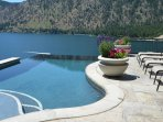 Infinity Pool, Spa, Boatlift & fabulous view-Lake Chelan
