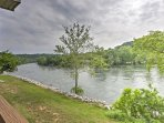 Enjoy a lakefront getaway to a peaceful, residential area and explore lively Southern Missouri attractions from this...