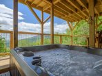 Beautiful Log Cabin with Hot Tub, Two King Beds, Great Views, Foosball Table