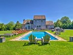 Plan your next getaway to this beautiful 4-bedroom, 3-bathroom vacation rental house in  East Hampton!