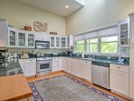 Add some flavors from home to your vacation away in this fully equipped kitchen.