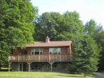 Luxury 5 Star Log Home 1 Hour West of Ottawa Upper and Lower Levels Sleeps 12