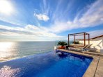 Rooftop Infinity Pool, Tanning Bed, Loungers and Banderas Bay