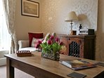 Beautifully decorated, enjoy relaxing in the lounge glazing at the Iron Bridge & river Severn