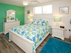 Bookcase,Furniture,Shelf,Home Decor,Quilt