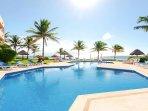Riviera Maya Haciendas - Alta Vista,VILLAS DEL MAR 2,3BR, 8PAX,BEACHFRONT + POOL