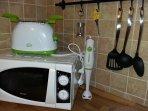 fornetto , tosta pane , frullatore e utensili cucina SMERALDO