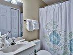Majestic Sun 1008B - Master Bathroom