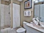 Majestic Sun 1008B - Guest Bathroom