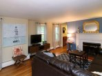 Charming 4BR Home w/ Large Deck – Access to Lovers Lake & Whites Pond