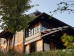 Holiday home Enchanting hill / Heated Pool