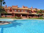 Casa familiar con piscina comunitaria en Mar de Cristal