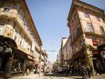 The street, the tradicional commerce