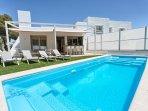 4 bedroom villa walking distance to the Beach and Puerto banus