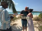 Tie the knot on Stocking Island