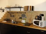 cucina del monolocale ZAFFIRO